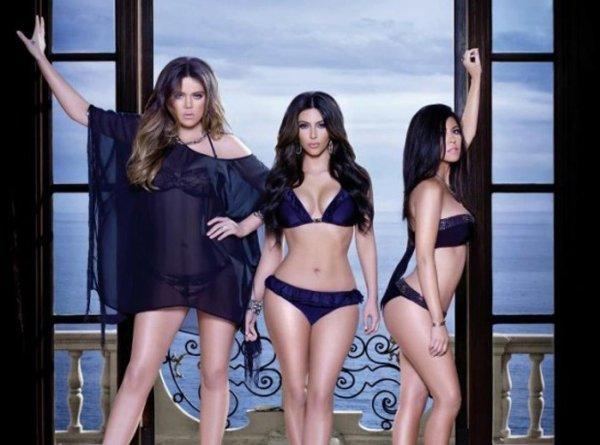 Mode : les s½urs Kardashian s'auto-proclament reines du bikini !