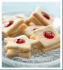 Sandwichs aux biscuits à la vanille et aux cerises