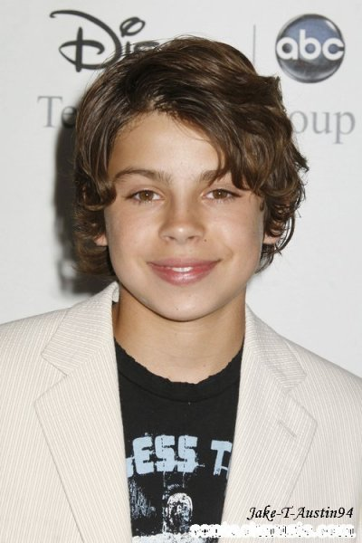Jake T Austin - Les sorciers de Waverly Place