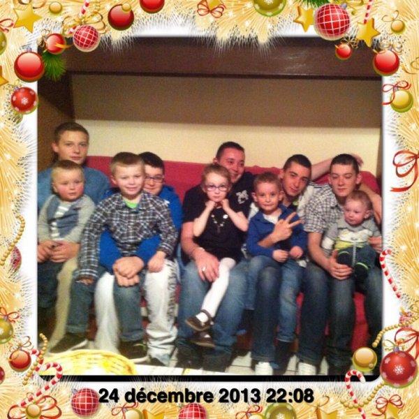 Mes fils son cousins et sa cousin de père Hervé