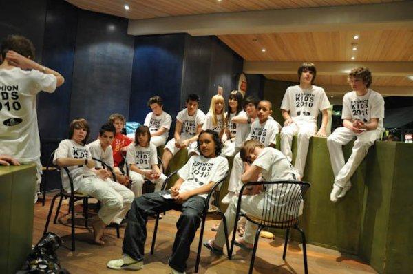 Suuper Soiirée AvecVouuus    ;D----------------------------------  ( Fashion Kids 2010 )