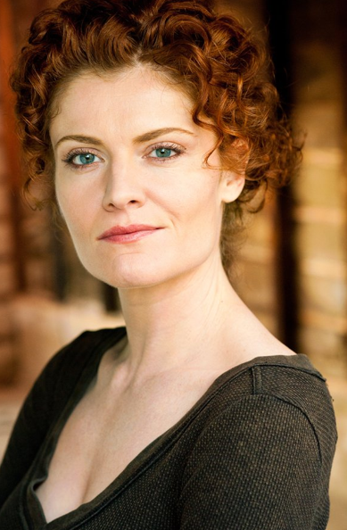 DEVIOUS MAIDS : Evelyn Powell - Rebecca Wisocky