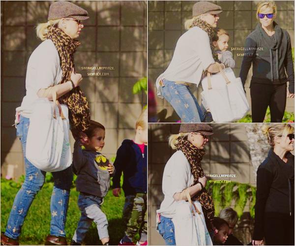 - 21 JANVIER 2015 | Sarah a été vue quittant un café avec son fils Rocky & une amie à Los Angeles -