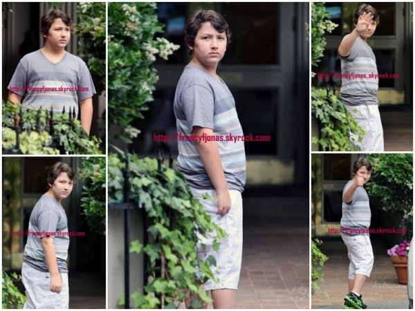 Frankie Jonas out in Vancouver- July 22, 2012