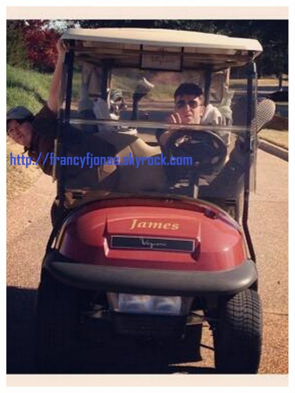 Twitter- Frankie Jonas fun with friends