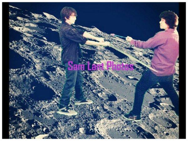 "Facebook- Frankie Jonas vs Sam Lant ""space battle"""