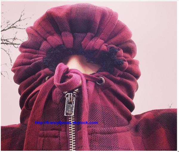 Twitter- Frankie Jonas has cold
