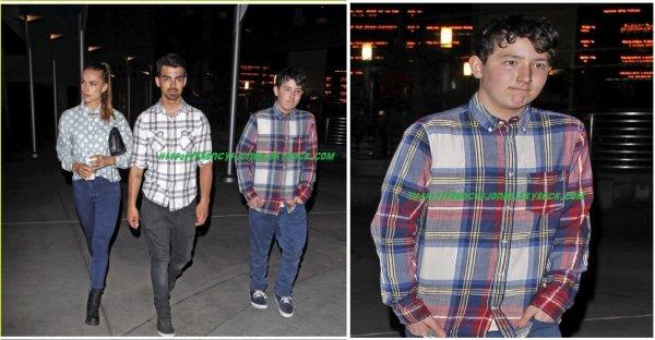 Frankie Jonas out with Joe and Blanda to the cinema- March 19, 2014