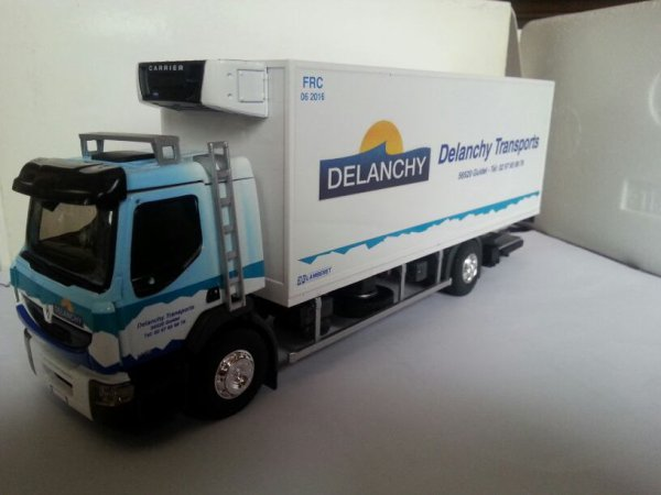 Renault premium distribution delanchy