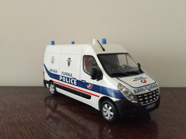 Renault Master Brigade Fluviale Police National