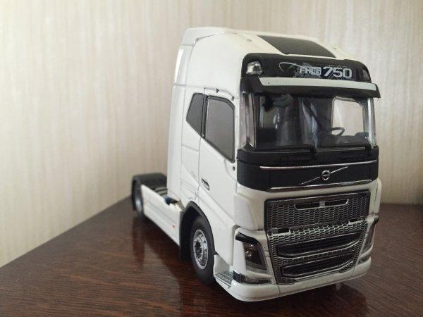 Volvo FH04 750 XL (Tekno)