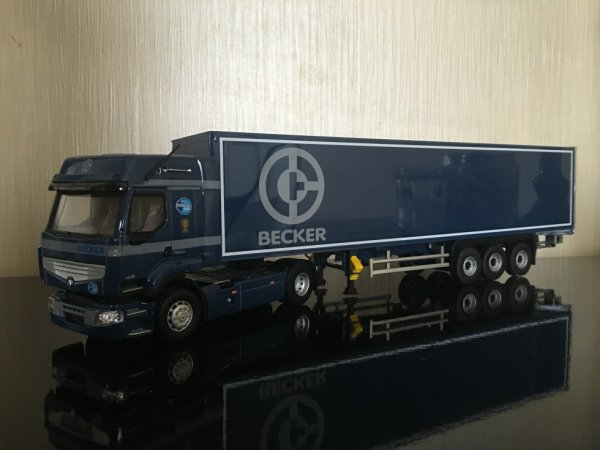 Renault Premium 460 Transport Becker
