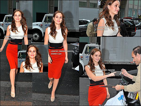 03/10/2012  Leighton Meester en opération promotion pour sa comédie «THE ORANGES» à New York.