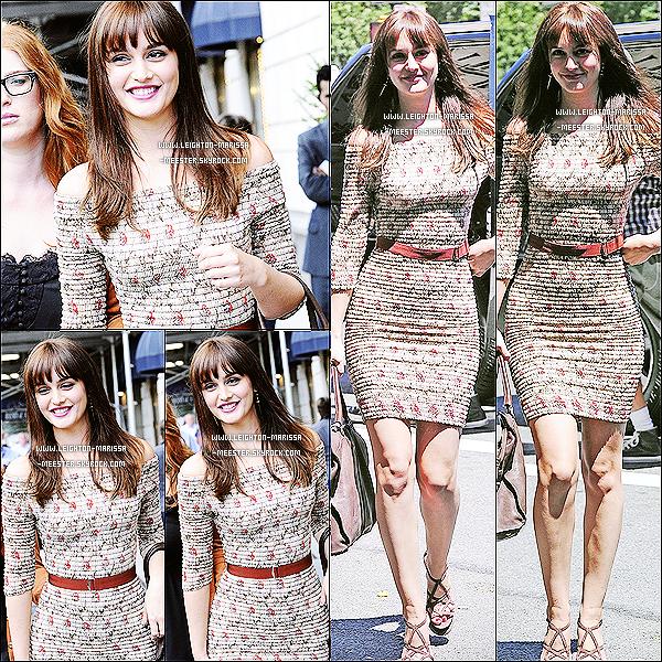 •• INTERVIEW : Le 29 juin 2011, Leighton a répondue à quelques questions posés par Just Jared !Je trouve Lei' rayonnante, sa robe lui va parfaitement bien ! Et toi ton avis ? Un top ou un flop ? [/alig fen]