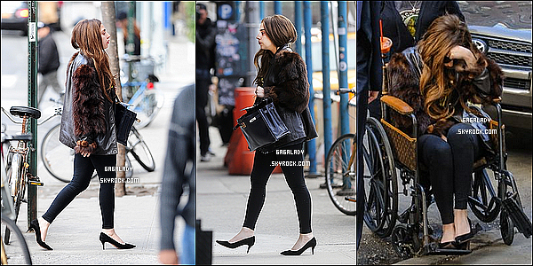 Gaga aperçue à NY debout . Encore une triste nouvelle pour Gaga le  décès de son grand-père.