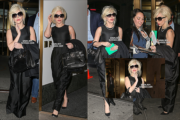 07.11.2013 - Lady Gaga sortant de son hôtel à New-York  , très simpleet franchement un super TOP !Pour information le clip Do What U Want a été tournée cette semaine par Terry Richardson. Qu'en penses-tu de sa tenue ?