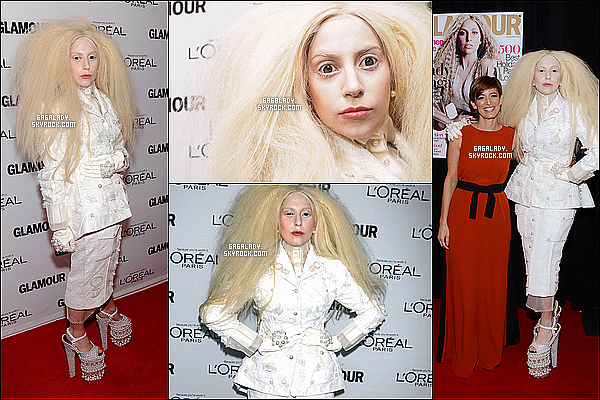 11.11.2013 - Lady Gaga sur le red carpet des Glamour Awards à New-York, très bizarre et c'est BOF !Une nouvelle photo de promotion vient de faire son apparition pour «Gaga & the Muppets». Qu'en penses-tu de sa tenue ?