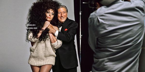 Lady Gaga et Tonny Bennett seront les visages de la campagne H&M pour les vacances de Noël 2014.   + Après la collaboration pour ARTPOP, Gaga et H&M unissent de nouveau leurs forces et Tony Bennett pour Cheek To Cheek