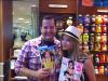 *   _._  Actualité du 04 septembre 2010 - via twitter. « A l'aéroport avec l'adorable Ashley Benson. Nous achetons des magazines pour notre vol direction L.A !  »*