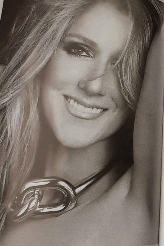♪ ♫ Biographie De Céline Dion ♪ ♫