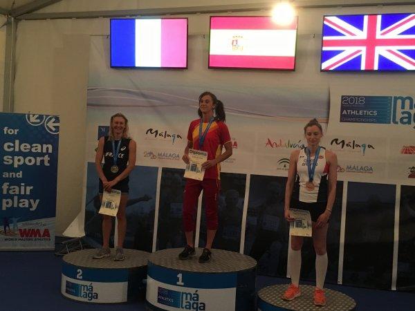 Julie Elias, vice-championne du Monde du saut à  la perche!