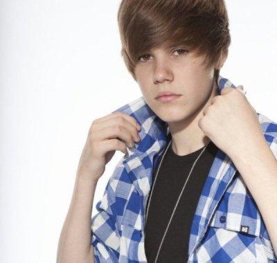 On en est toutes  folles --  $)   Justin Bieber !!