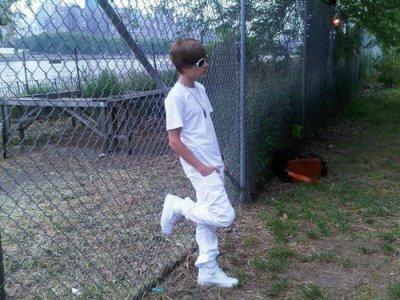Justin Bieber s'attaque à des policiers !  =O