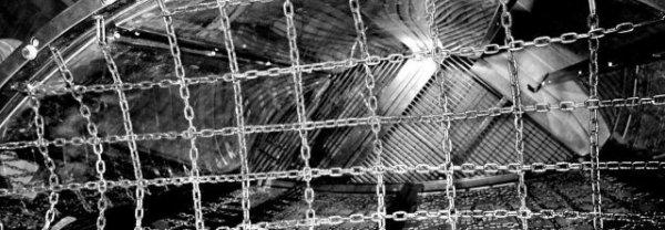 Elimination Chamber photo