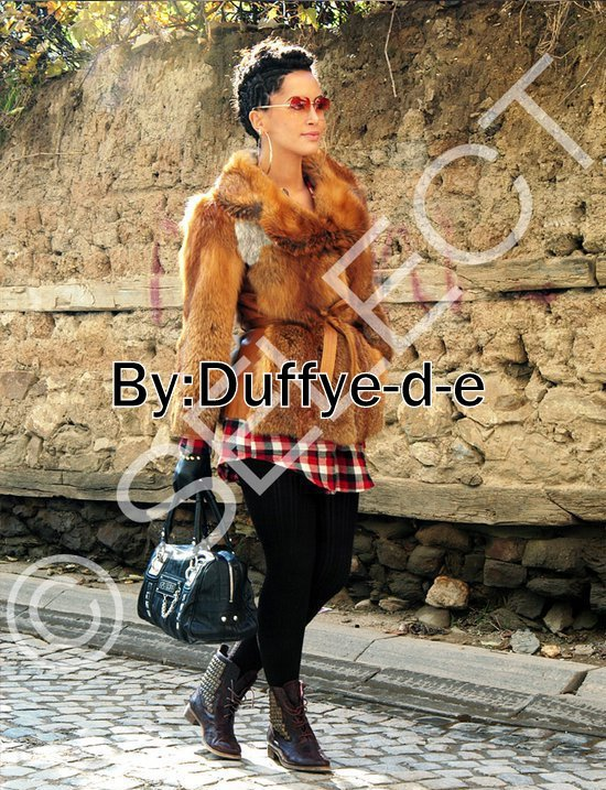Dafina Zeqiri - Revista Select