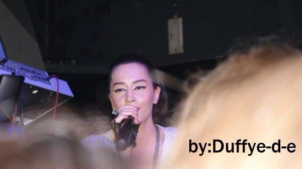 "Dafina Zeqiri foto nga koncerti "" Disco Enjoy """