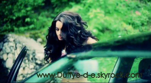 Dafina Zeqiri - foto nga reklama e Tangos 2011