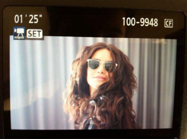 Dafina Zeqiri gjate gjirimeve te videoklipit me te ri ne Australi !
