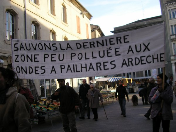 Manifestation en faveur des personnes électrohypersensibles à Privas