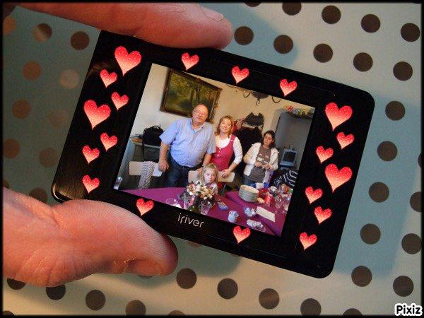 mon papa et ma soeur et sa petite fille