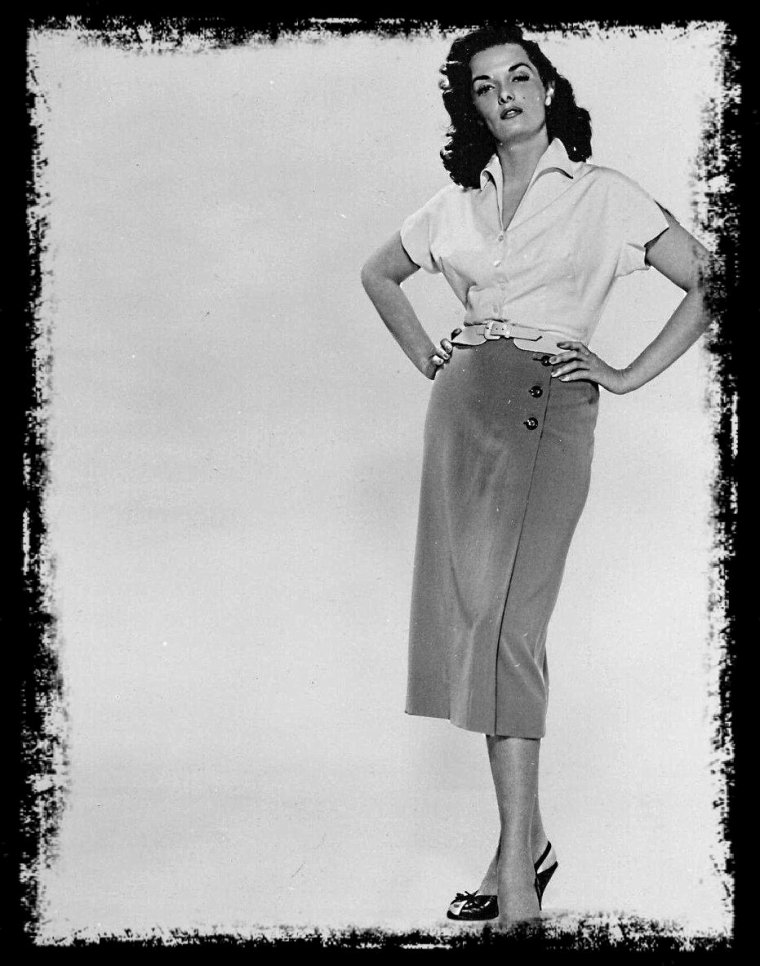 Jane RUSSELL (taille 1 m 70)