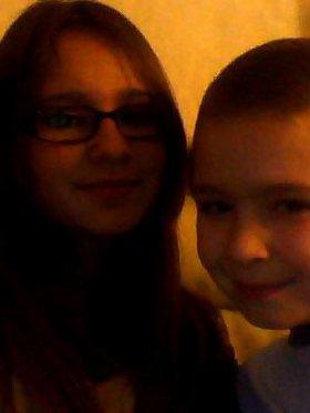 Moi et mon frère anthony :) je t'aime fort mon fréro adorer <3<3<3