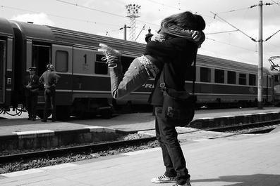 Amour a distance.