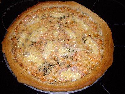 Pizza au thon,saumon creme fraiche