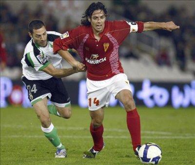 Alvaro Mejia est le joueur qui gagne le plus de ballons en ligue 1