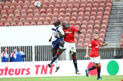 Djadjedje ici au duel avec Mamadou Sakho, privé de ballon il  n'a pas su marquer contre son ancien club