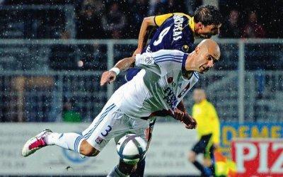 Bonne chance a toi Charisteas  je te souhaite de retrouver rapidement un club et d'y enchainer les buts :)