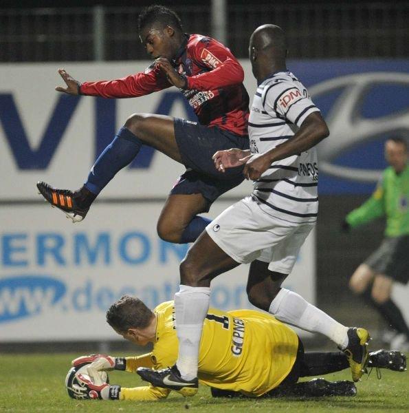 Clermont 0-0 Arles Avignon