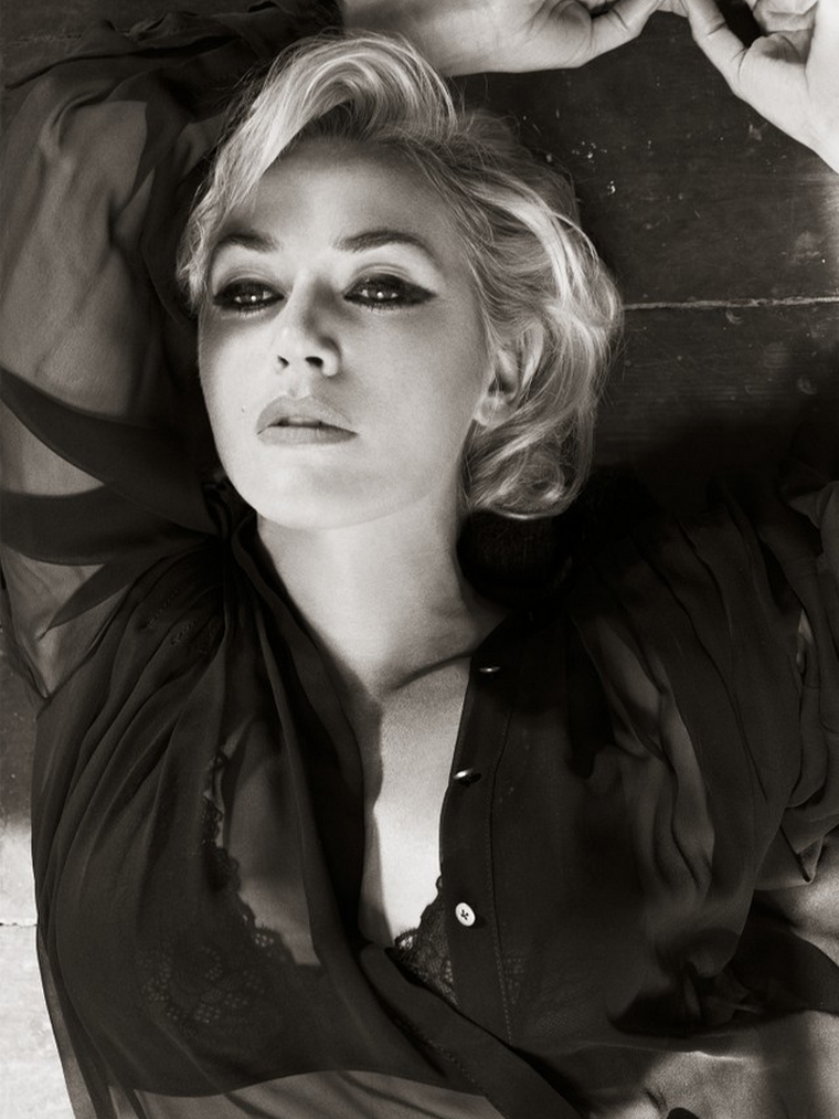 Kate Winslet  for Harper's Bazaar UK  November 2011