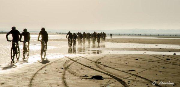 Une fin d'année 2014 sportive : Noctorientation, Camiers MTB Beach Race, Vérotière nocturne, sorties géocaching et  meilleurs v½ux 2015 !