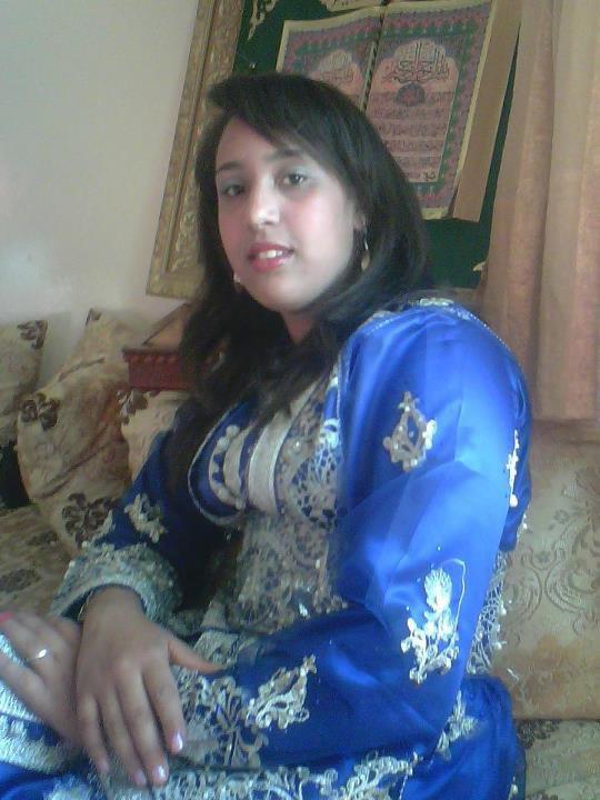 soumia  khana