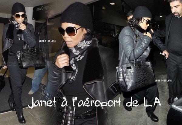 Miss Jackson arrivant à l'aéroport de L.A / Janet rend hommage à Richard Branson / J.Jackson parle du décès de Whitney Houston