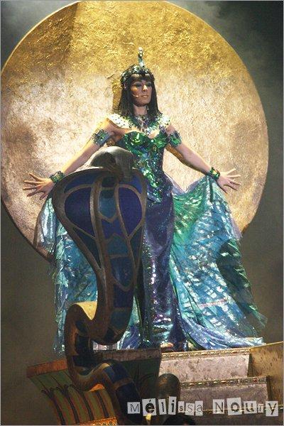 * Chapitre 72 : Cléopâtre la dernière reine d'Egypte Acte 2 *