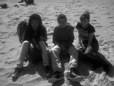 Thania , Mohamed , Clara . ♥