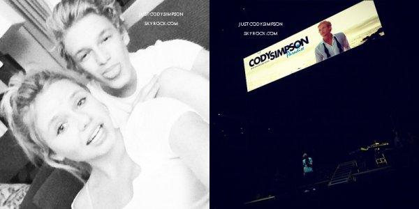 ____ Le Big Time Summer Tour a commencé ! + Cody dans l'émission Live With Kelly . ++ Soldes dans le store de Cody ! +++ Photos Instagram. ____