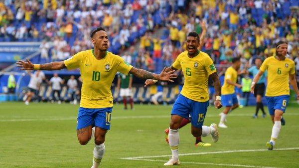 Gooaaaaaaaaaaaallllllllll  NEYMAR...........Brésil 1  Mexique 0